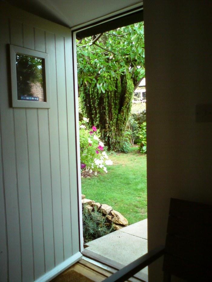 Glimpse to the garden